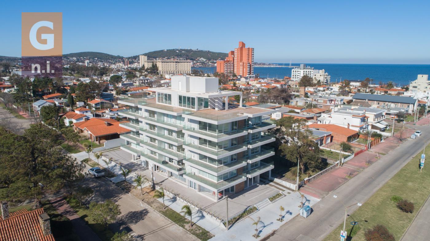 Apartamento en Piriápolis, Edificio Reconquista Building