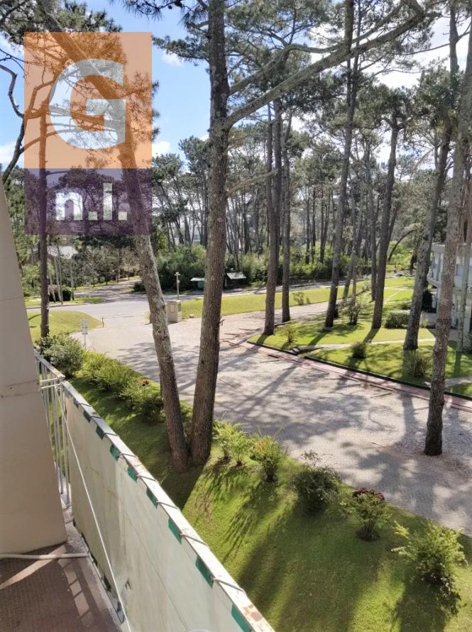 Apartamento en Punta del Este (Playa Mansa) Ref. 4836
