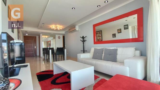 Apartamento en Punta del Este (Playa Mansa) Ref-4465
