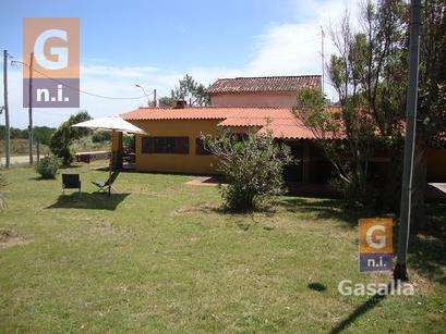 Casa en Piriápolis (Playa Verde)