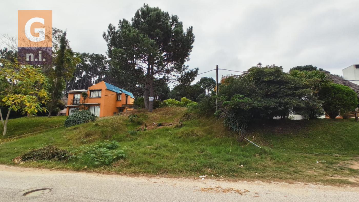 Terreno en Punta del Este (Pinares Del Este)